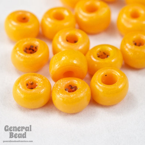 6/0 Opaque Tangerine Seed Bead (40 Gm, 1/2 Kilo) #CSB099-General Bead
