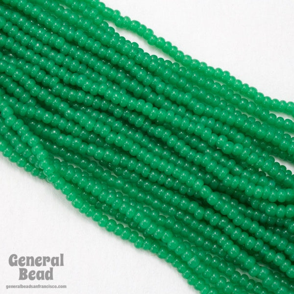 10/0 Opal Green Czech Seed Bead (10 Gm, Hank, 1/2 Kilo) #CSF071