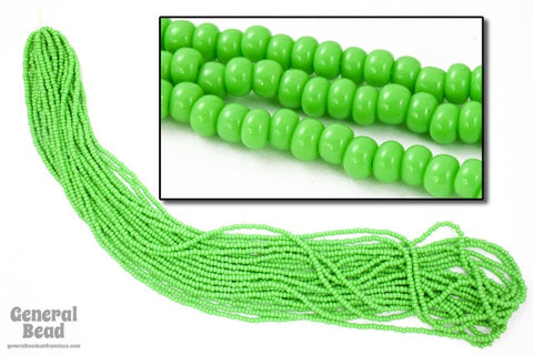11/0 Opaque Pea Green Czech Seed Bead (10 Gm, Hank, 1/2 Kilo) #CSG012-General Bead