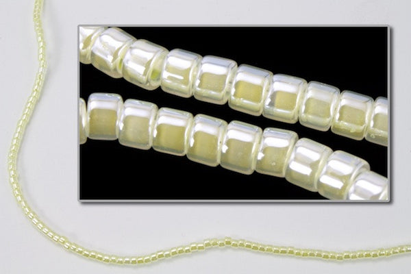 DBV232- 11/0 Pale Yellow Pearl Delica Beads