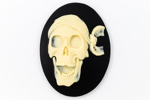 30mm x 40mm Ivory and Black Pirate Skull Cameo #FPA104