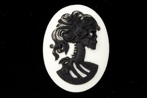 30mm x 40mm Black and White Skeleton Cameo #FPD102