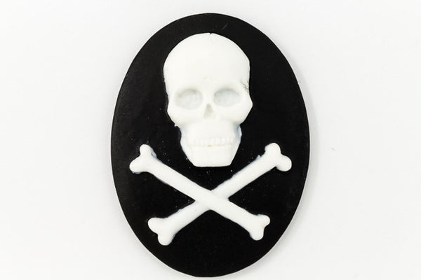 30mm x 40mm White and Black Jolly Roger Cameo #FPF103