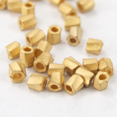 10/0 Matte Gold 22 KT Twist Hex Seed Bead (3 Gm) #JUH003