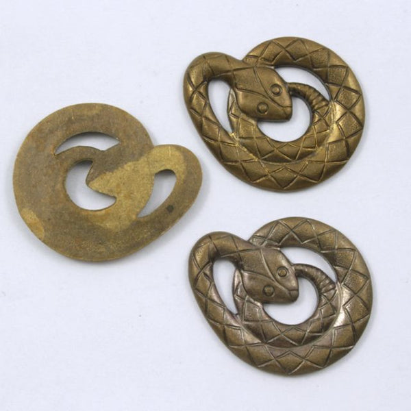 25mm Antique Brass Coiled Cobra #222