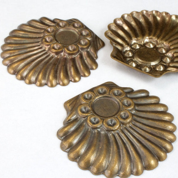 30mm Antique Brass Deco Shell Cabochon Setting (2 Pcs) #2635