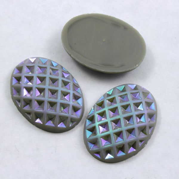 18mm x 25mm Grey and Iridescent