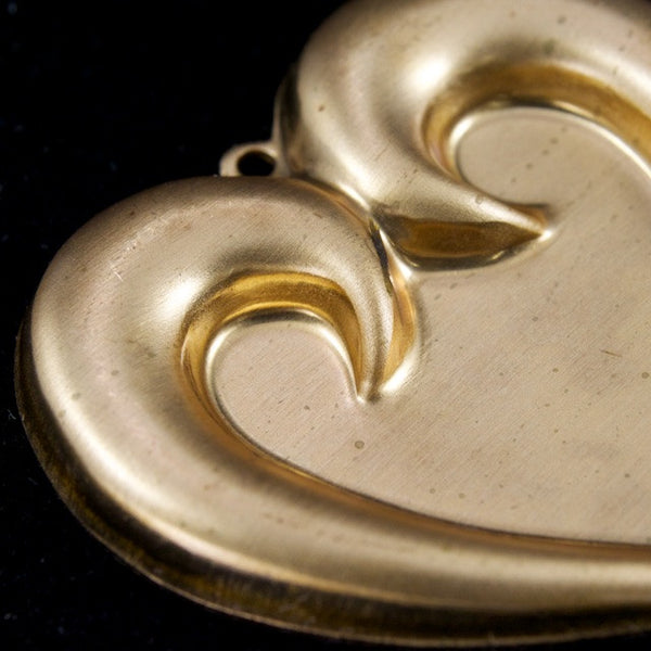 30mm Raw Brass Swoop Heart Charm (2 Pcs) #3195