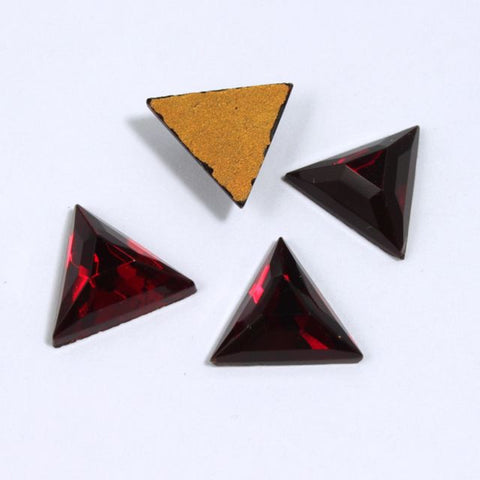 13mm Ruby Red Triangle #XS27-A-General Bead