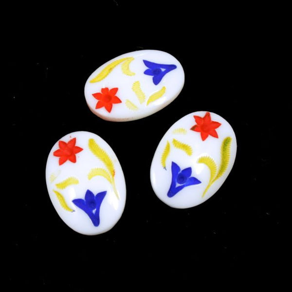 13mm x 18mm Red White and Blue Folk Flower Oval Cabochon #XS37-H