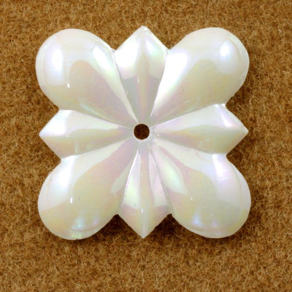 15mm Iridescent Cream Flower Sequin