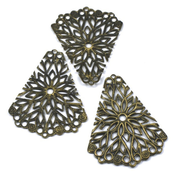 40mm Vintage Raw Brass Triangle Filigree