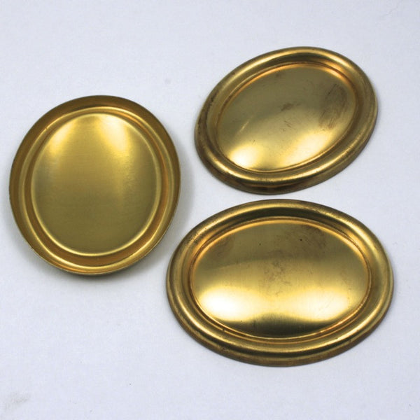 40mm x 50mm Convex Oval with Raised Edge