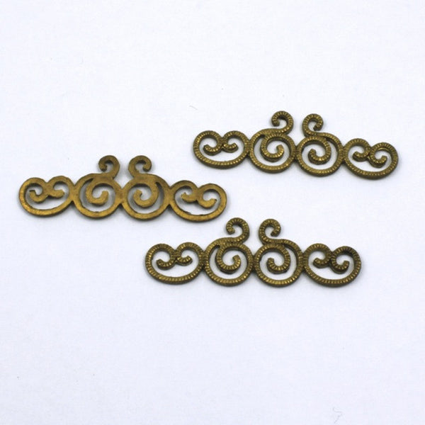 30mm Vintage Raw Brass Squiggle Filigree