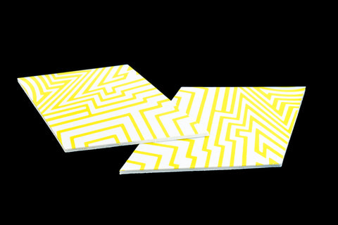 40mm x 60mm White and Yellow Op- Art Diamond #UP423