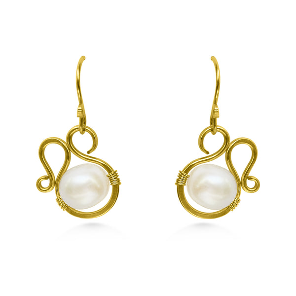 Pearl earrings, gold and freshwater pearl - Dancing Moon