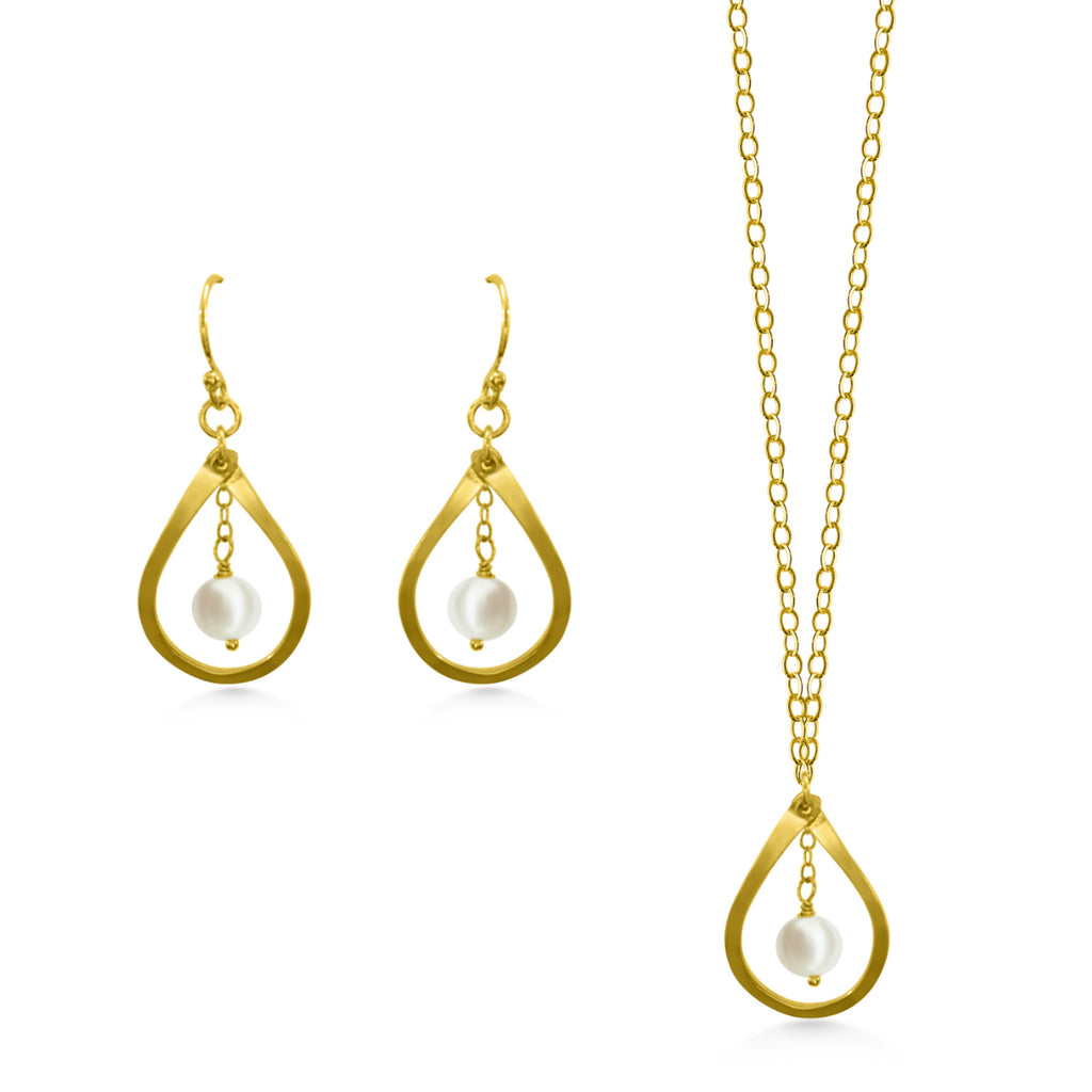 Gold Pearl Jewelry Set - Dancing Moon
