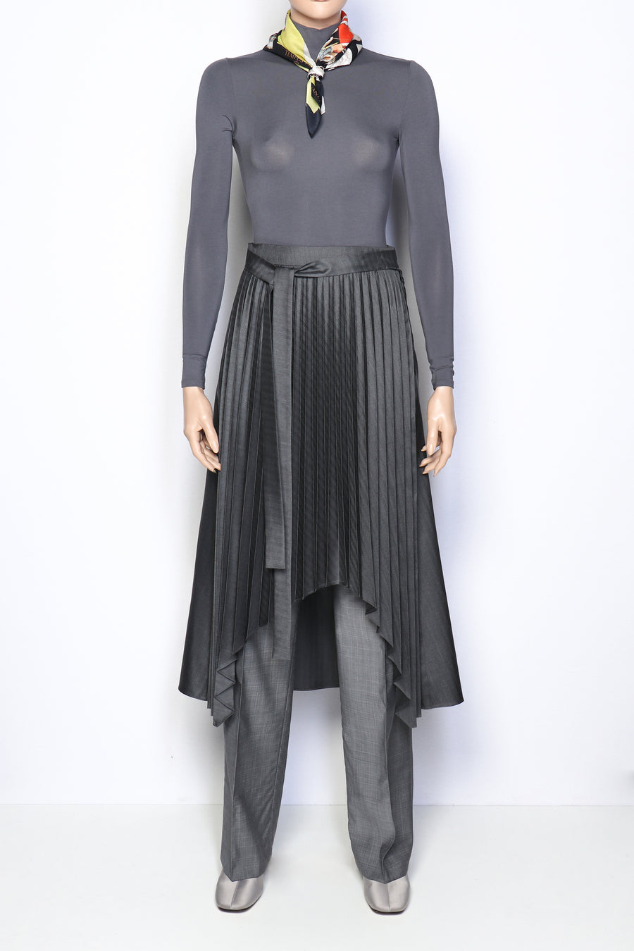 TAILORED PLEATED SKIRT GRAPHITE GRAY