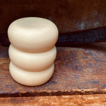Load image into Gallery viewer, Solid Conditioner Bar with Keratin & Honeyquat- Vanilla Oak 2oz