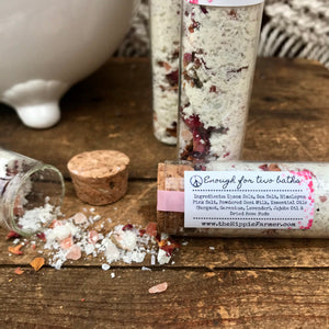 Bath Salts - Goat Milk & Dried Roses - 55ml Glass Tube