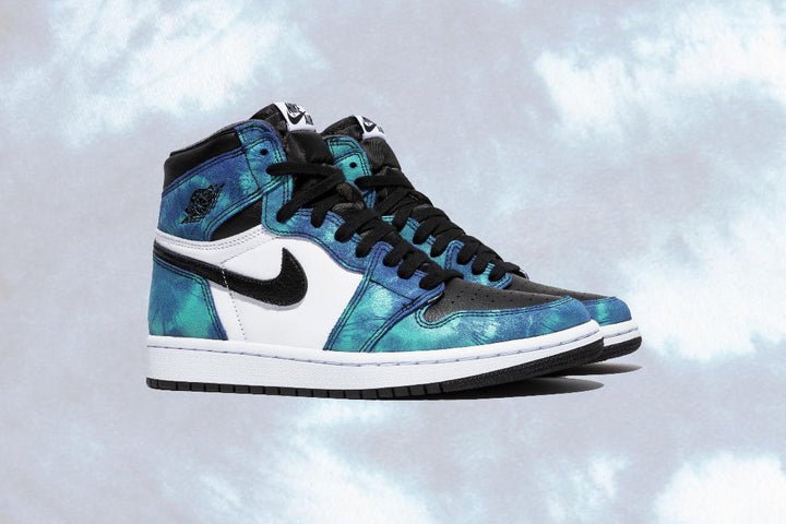 "WMNS AIR JORDAN 1 HIGH OG ""TIE-DYE"""