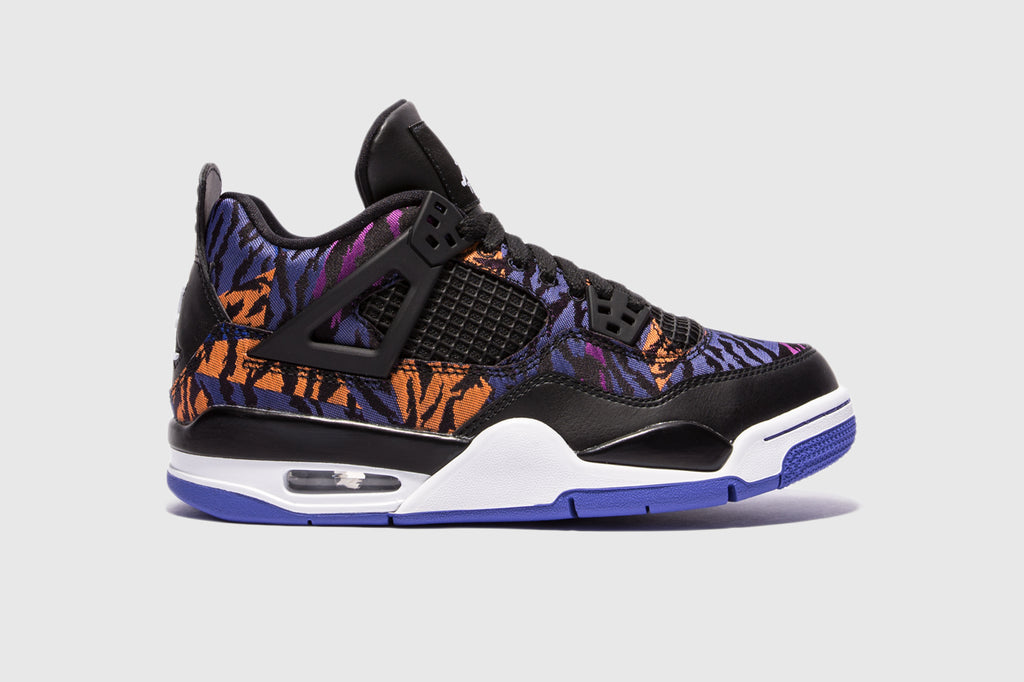 "AIR JORDAN 4 RETRO SE (GS) ""TIGER STRIPES"""
