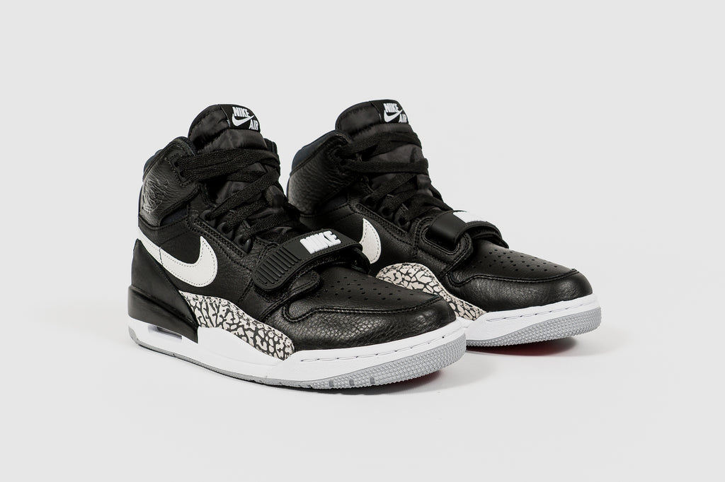"AIR JORDAN LEGACY 312 ""BLACK CEMENT"""