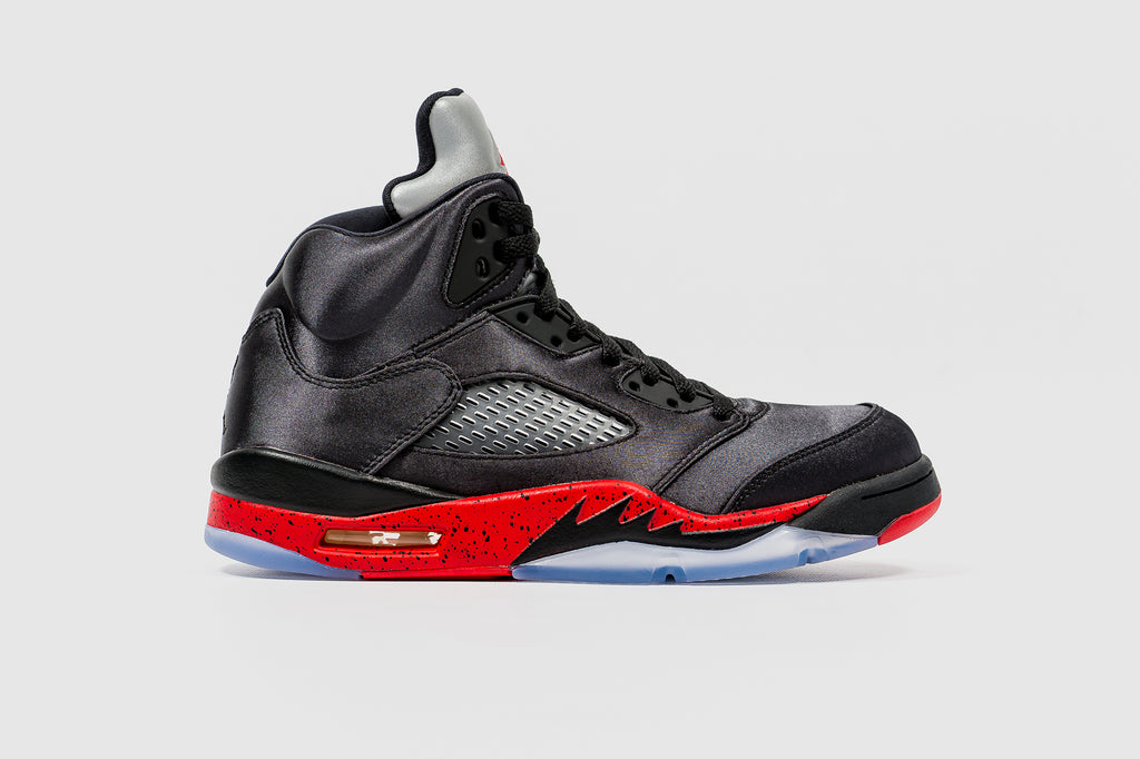 "AIR JORDAN 5 RETRO ""SATIN"""