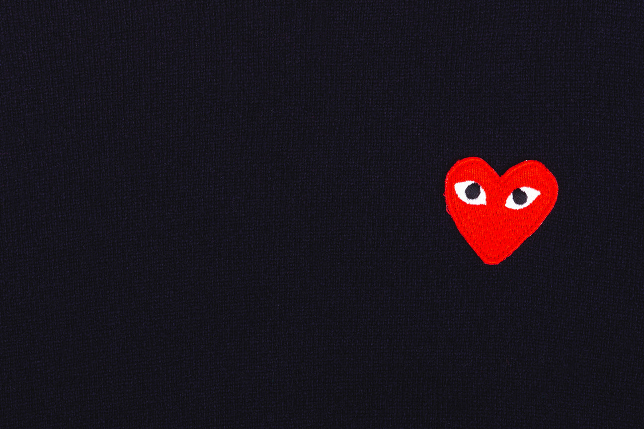 CDG PLAY RED HEART CREW NECK JUMPER