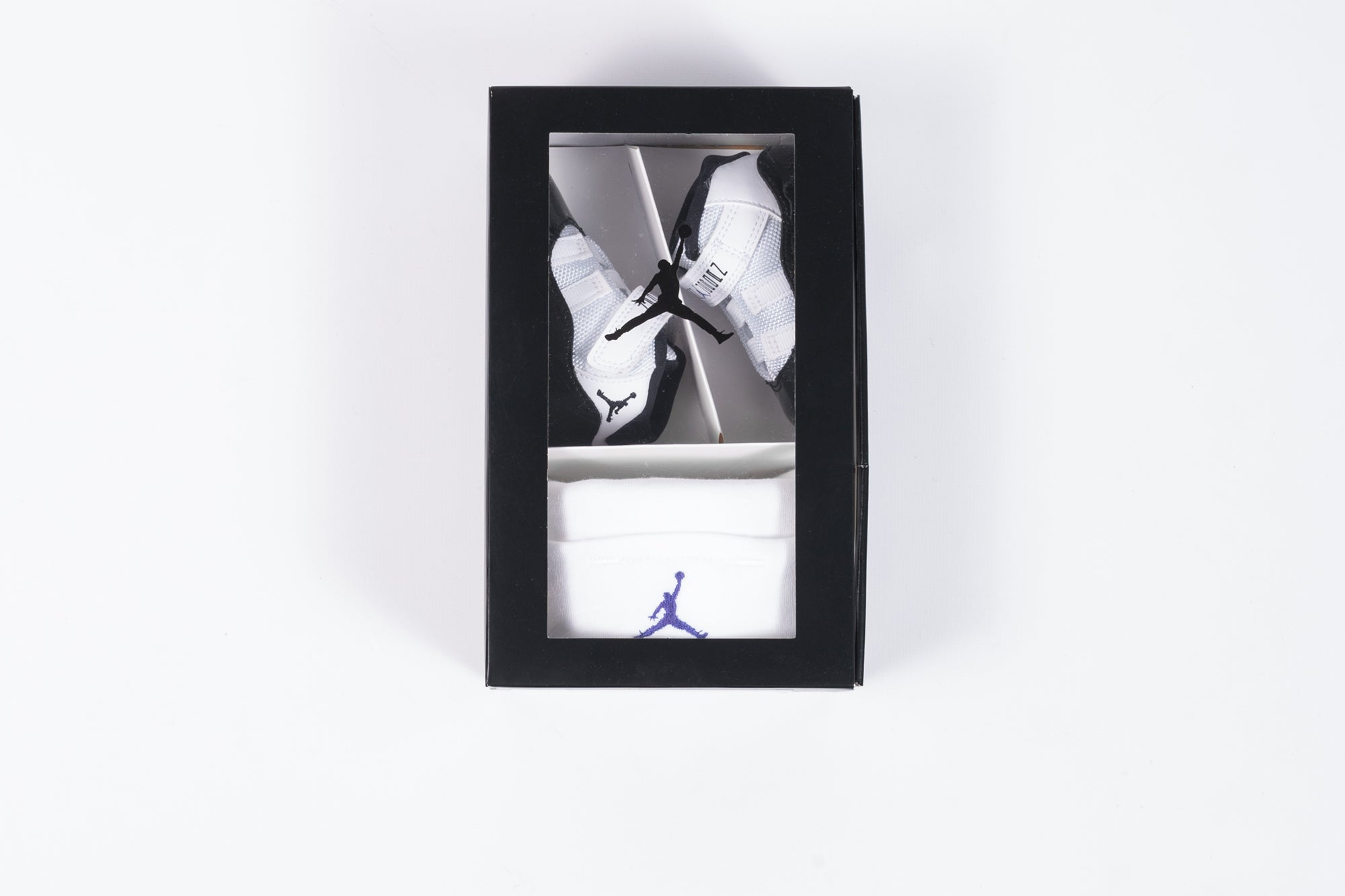 timeless design 29f45 e74e6 AIR JORDAN 11 RETRO GIFT PACK (CRIB)