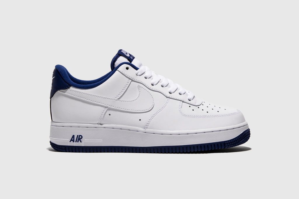 "NIKE AIR FORCE 1 '07 1 ""DEEP ROYAL"""
