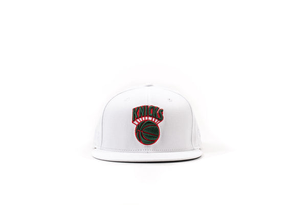 "PACKER x NEW ERA NY KNICKS WHITE ""CLASSIC LOGO"" FITTED"