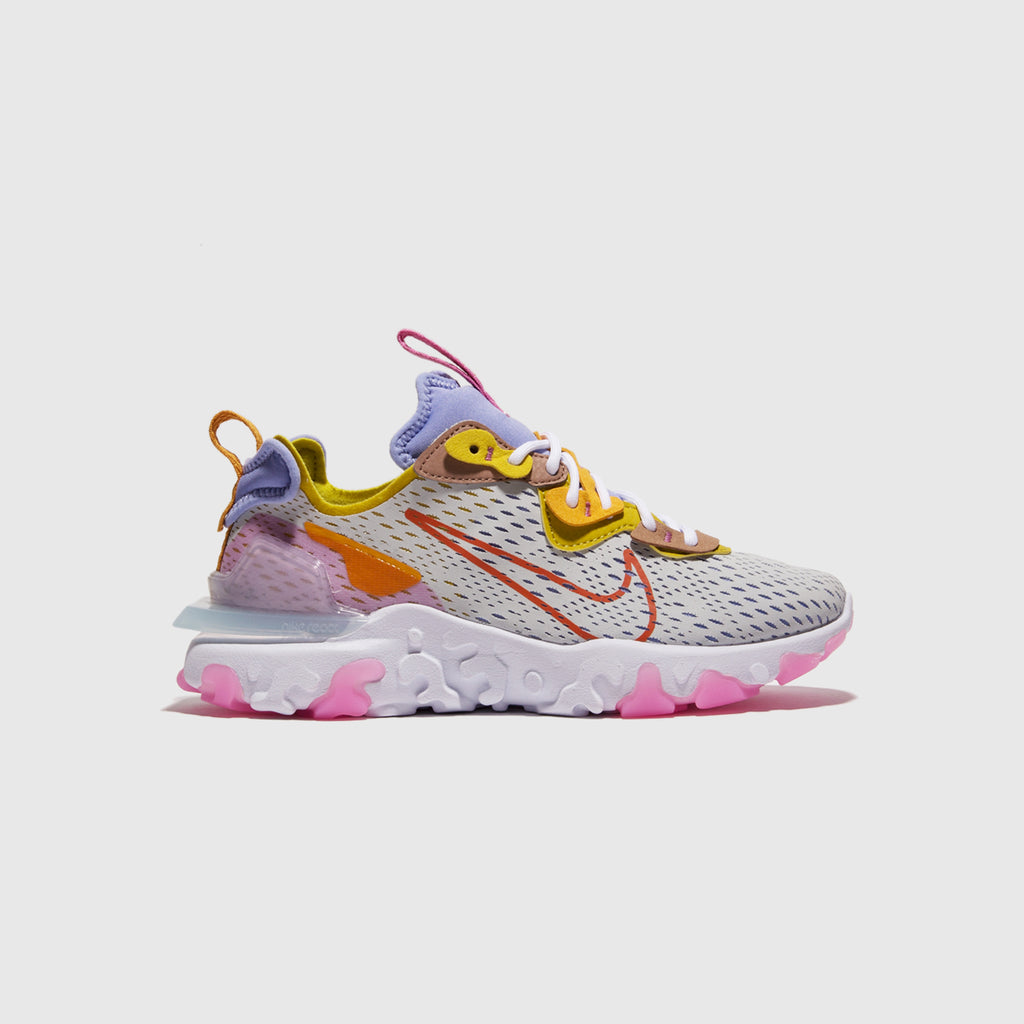 "NIKE WMNS NSW REACT VISION ""LIGHT THISTLE"""