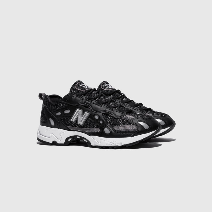 NEW BALANCE ML827AAG