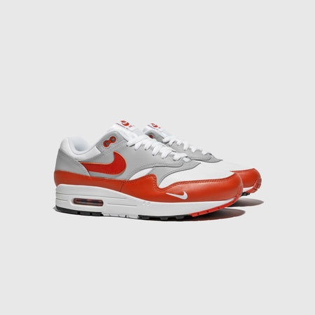 "NIKE AIR MAX 1 LV8 ""MARTIAN SUNRISE"""
