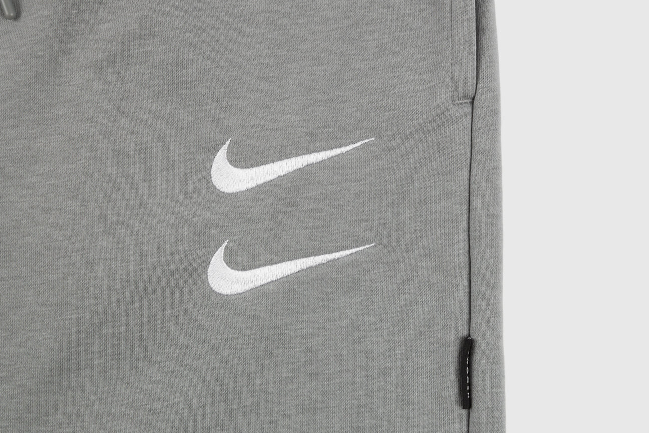 NIKE SPORTSWEAR DOUBLE SWOOSH SWEAT SHORT
