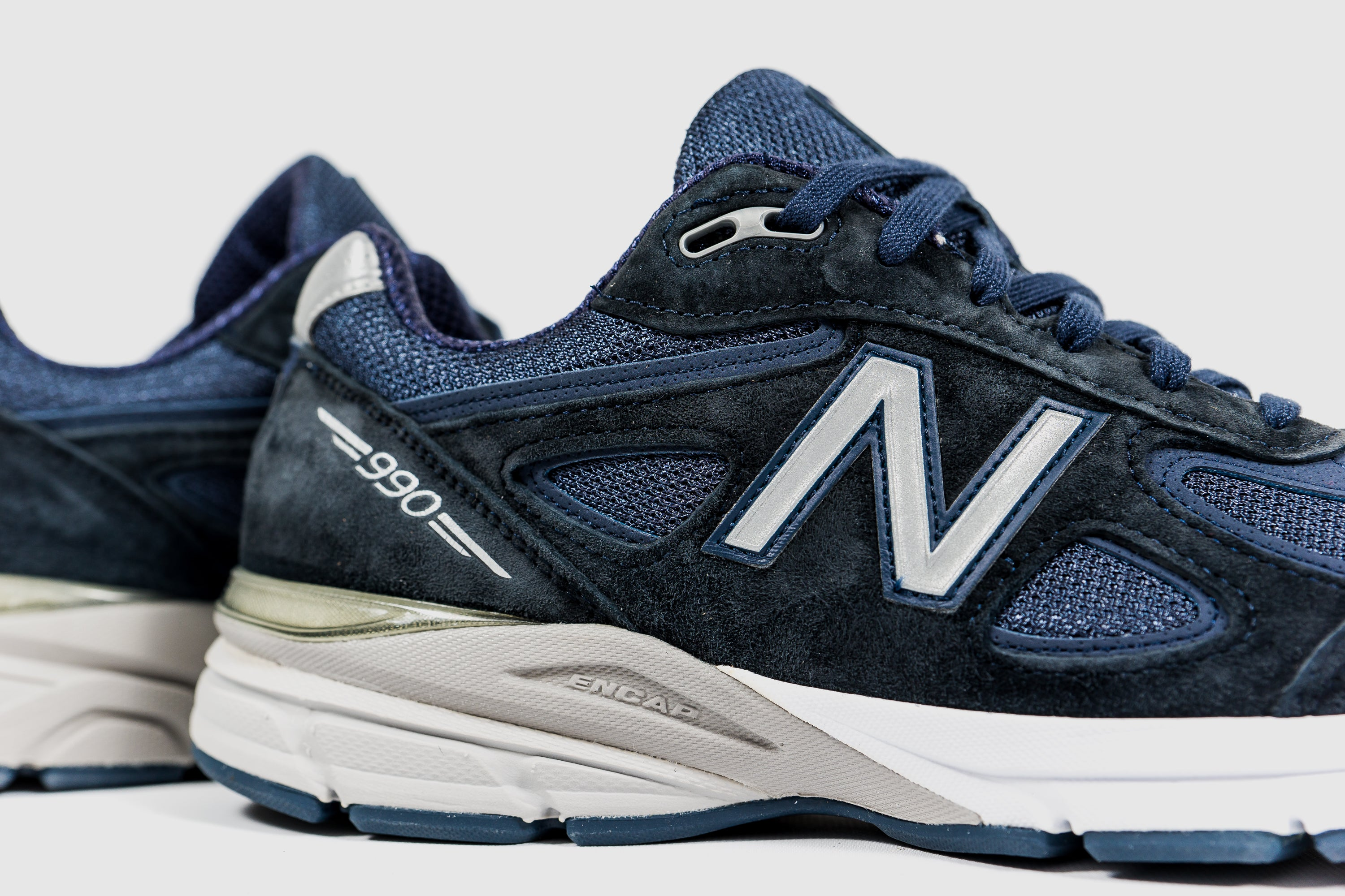 NEW BALANCE M990NV4 MADE IN THE USA