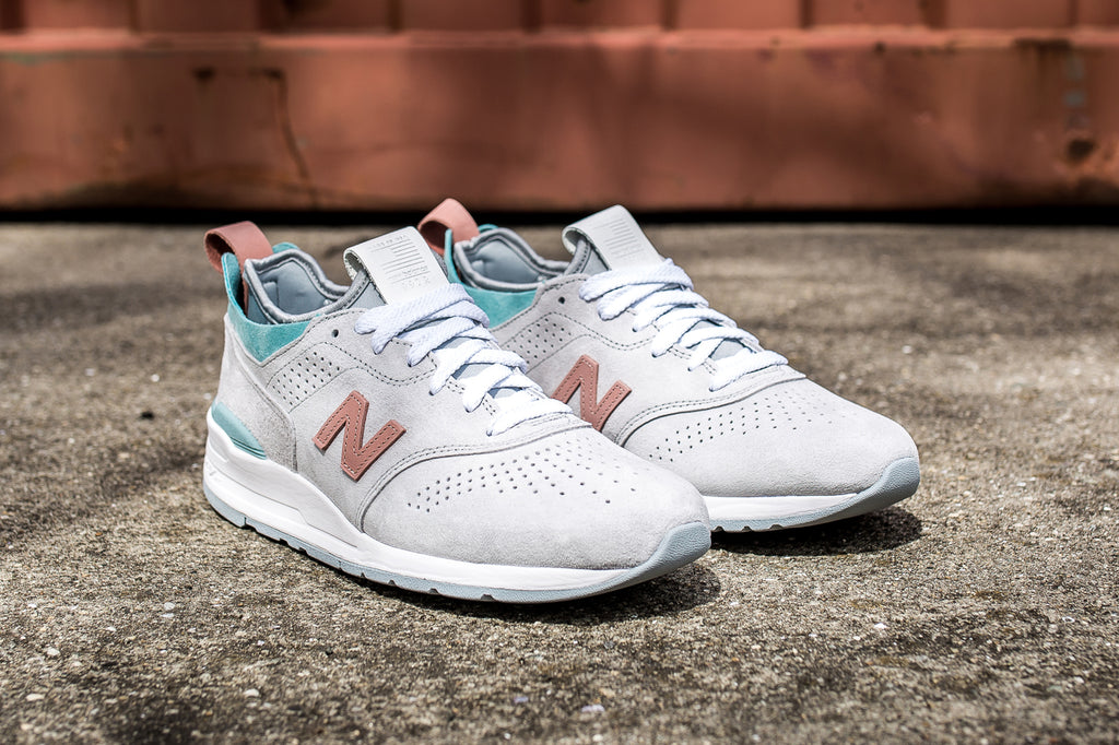 NEW BALANCE M997VA2 RE-ENGINEERED