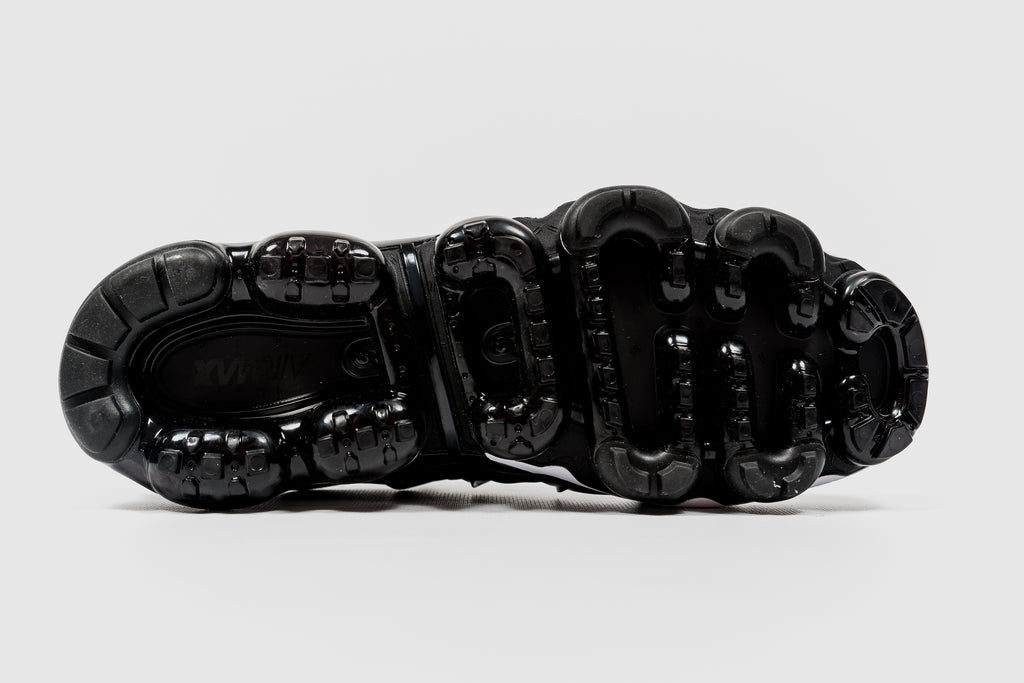 "NIKE AIR VAPORMAX PLUS ""BLACK/WHITE"""