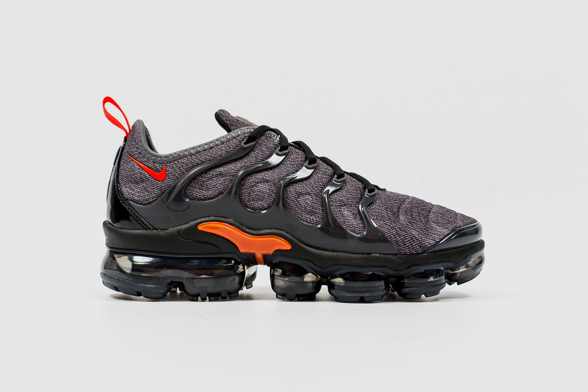 "NIKE AIR VAPORMAX PLUS ""COOL GREY"""