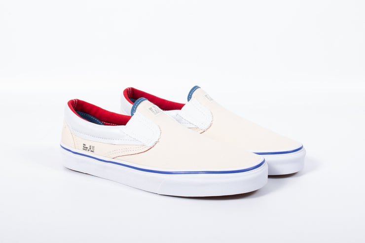 "VANS CLASSIC SLIP-ON ""OUTSIDE IN"""