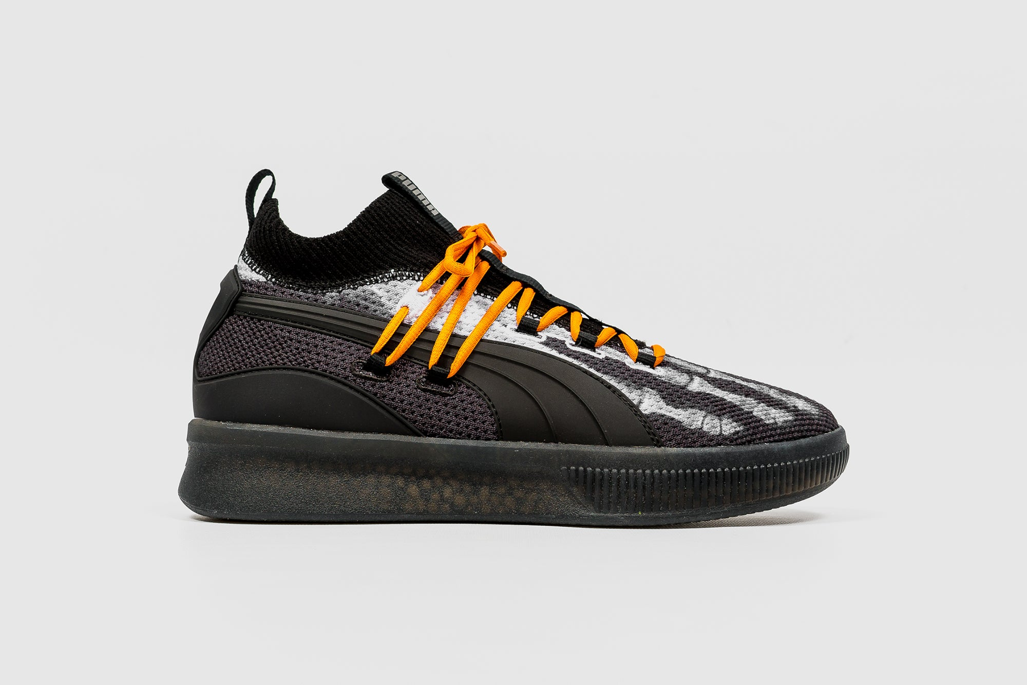 "PUMA CLYDE COURT DISRUPT HW ""X-RAY"""