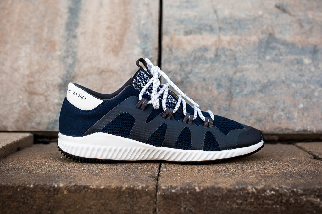 ADIDAS WOMENS BY STELLA McCARTNEY CRAZYTRAIN PRO - NAVY/WHITE