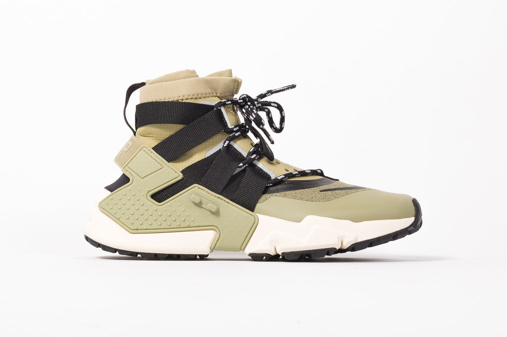 "NIKE AIR HUARACHE GRIPP ""NEUTRAL OLIVE"""