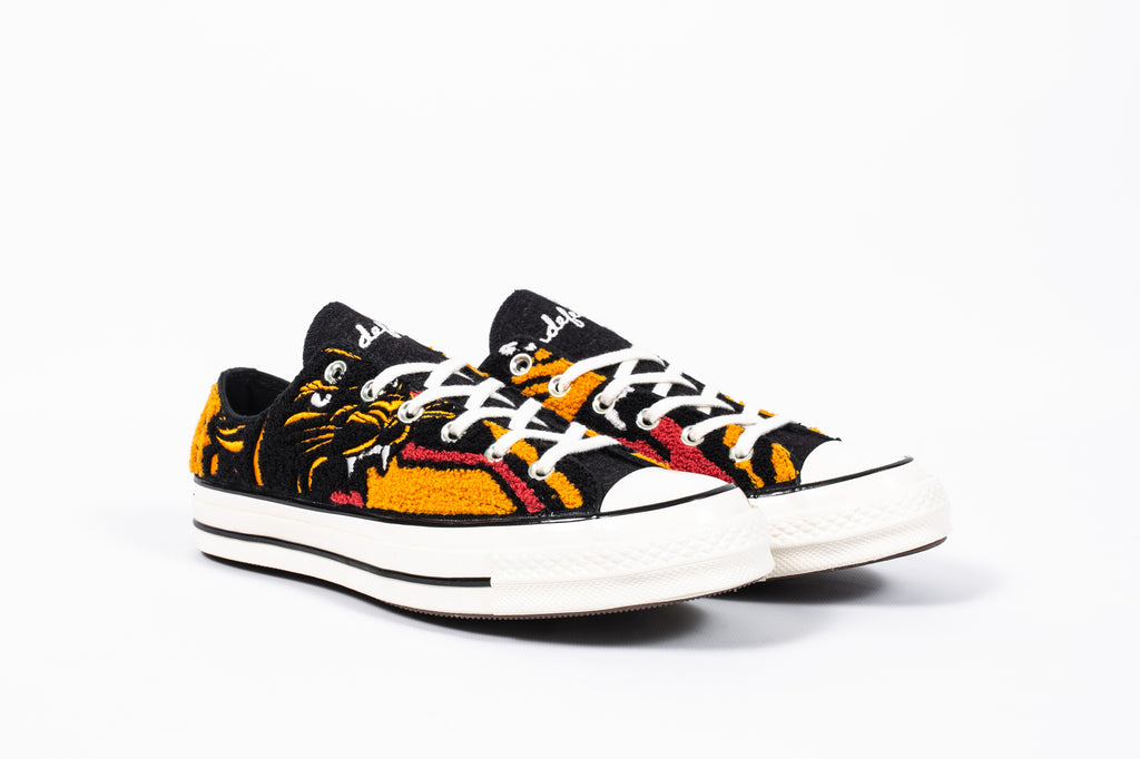 CONVERSE CHUCK 70 OX X UNDEFEATED
