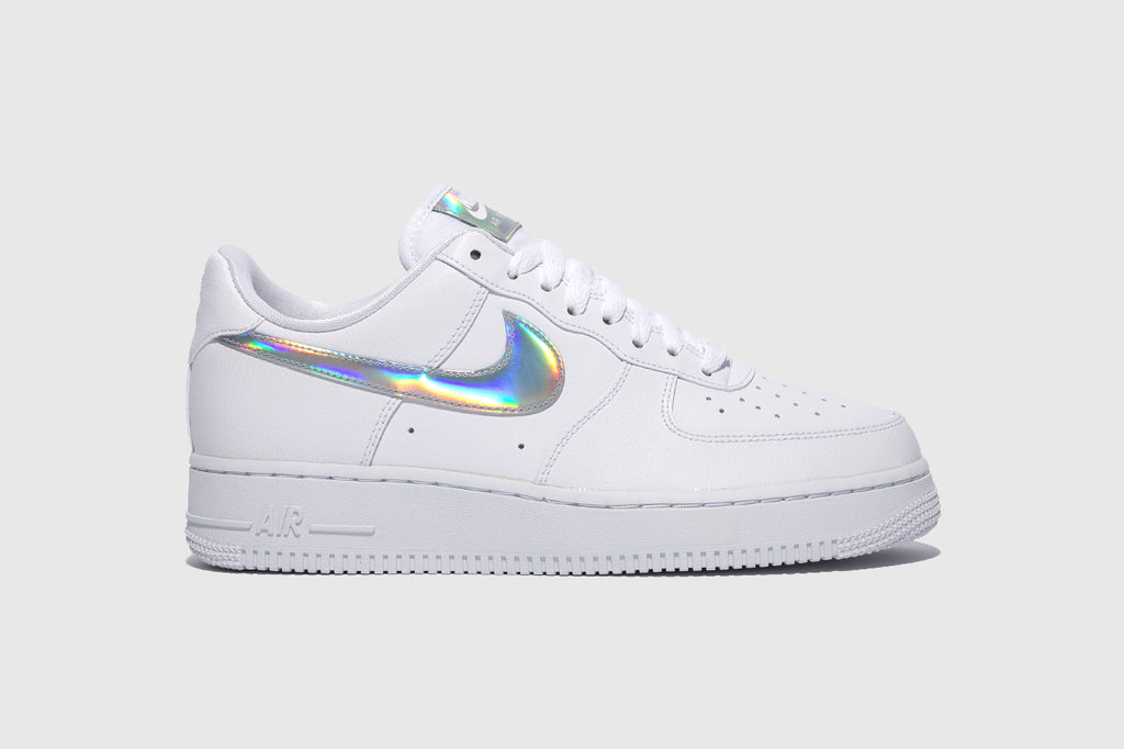 "NIKE WMNS AIR FORCE 1 '07 ESS ""IRIDESCENT SWOOSH"""