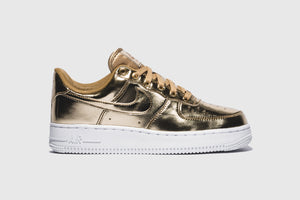"NIKE WMNS AIR FORCE 1 SP ""METALLIC GOLD"""