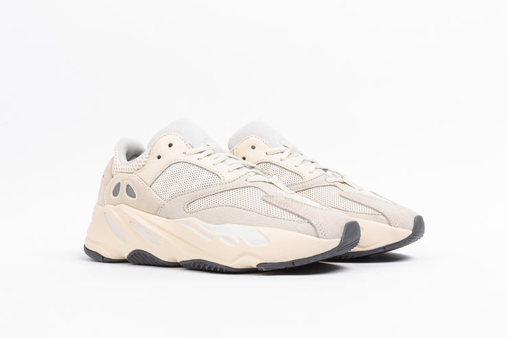 "ADIDAS YEEZY BOOST 700 ""ANALOG"""