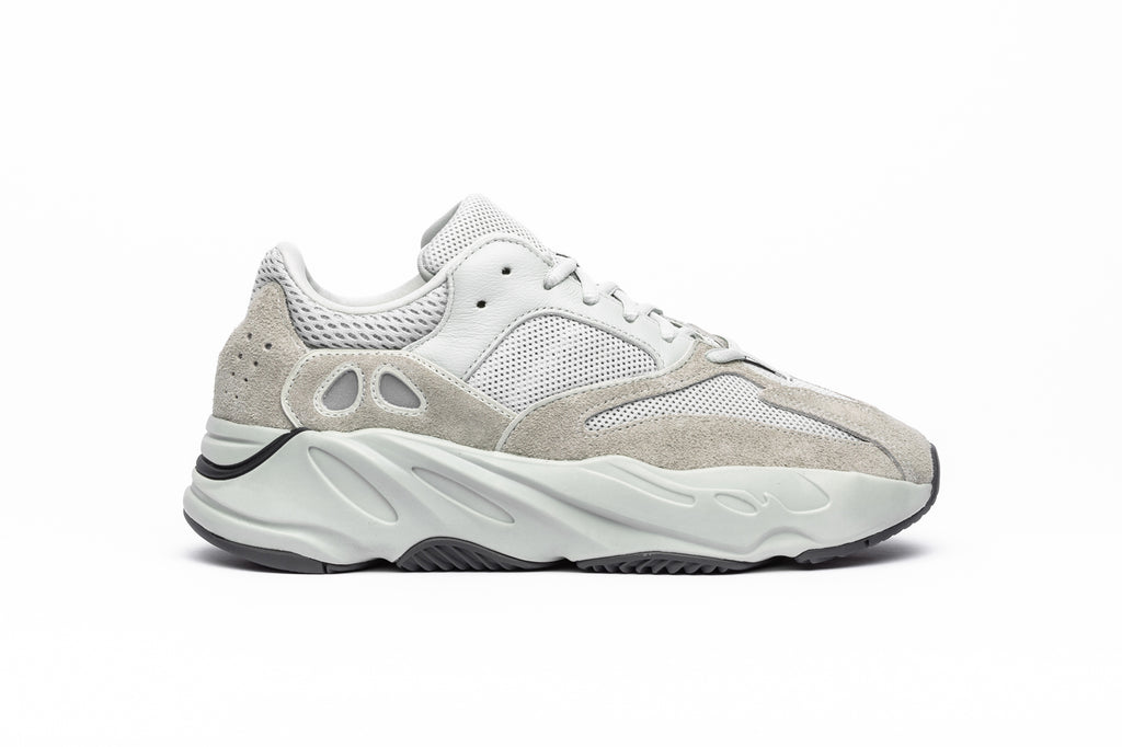 a9df8be5c2e2 ADIDAS YEEZY BOOST 700
