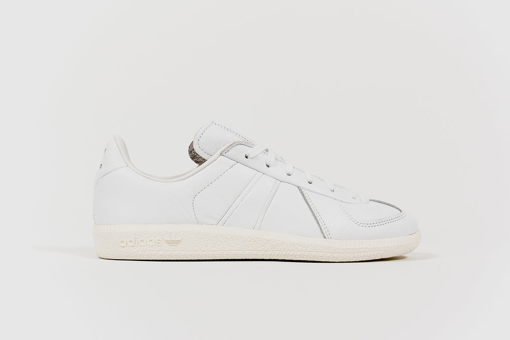 ADIDAS BW ARMY X OYSTER HOLDINGS